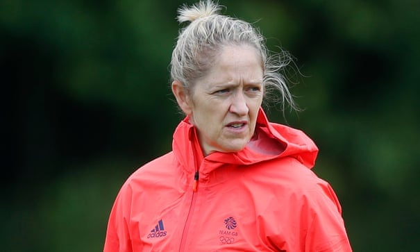 Dawn Scott to leave women's performance role with FA